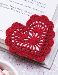 Heart bookmark crochet pattern free