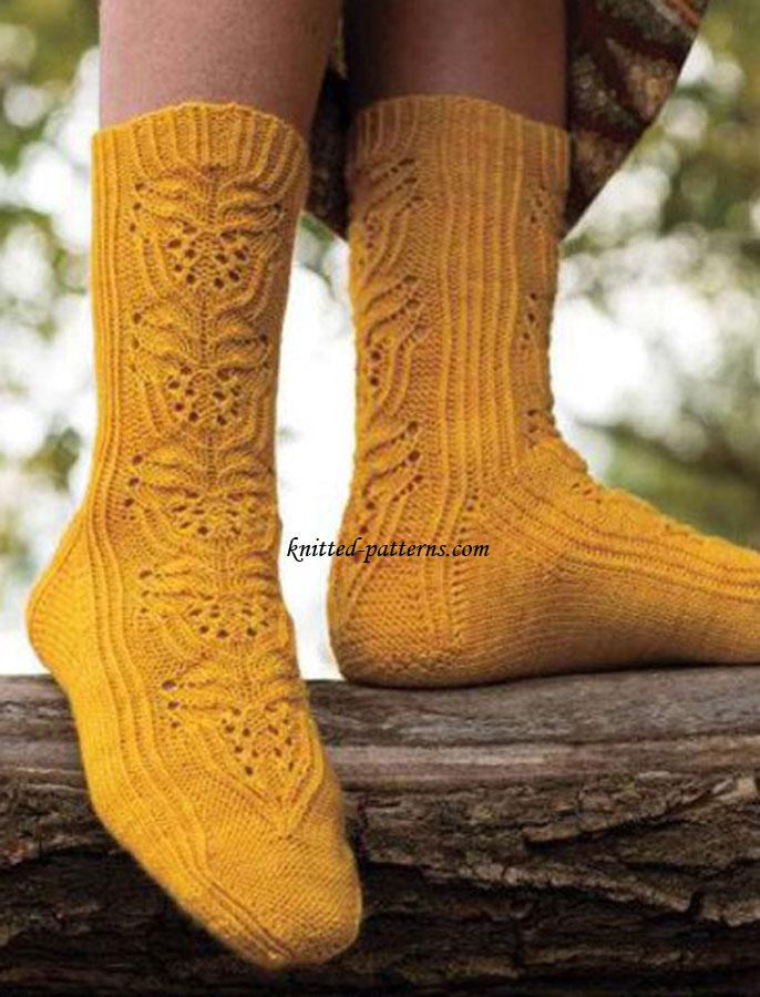 Twisted Stitch and Lace Socks
