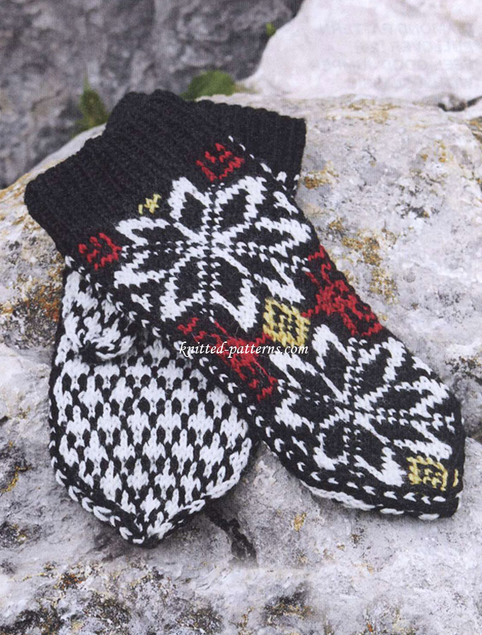 Knitted Snowflakes Pattern Free : Snowflake Mittens: Free Knitting Pattern