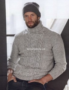 Pullover with cable panel