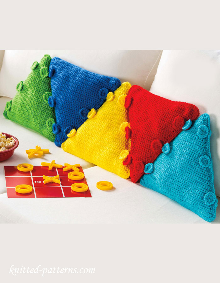 Triangular Pillows Crochet Pattern Free
