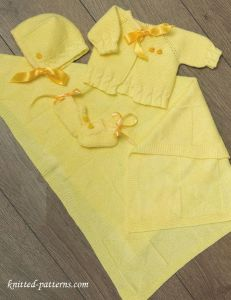 Newborn layette knitting patterns free